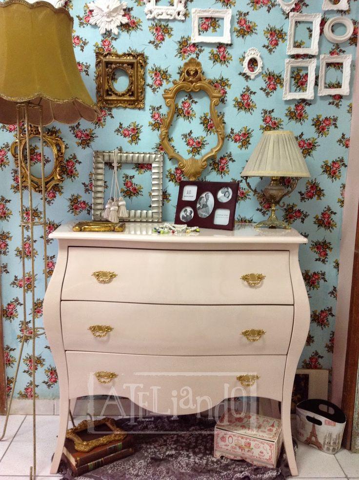 Ateliando  Customização de móveis antigos  Closet e banheiro customizados  -> Decoracao De Banheiros Com Moveis Antigos