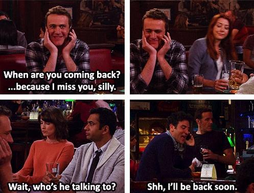 Marshall: quando você vai voltar? Porque eu estou sentindo a sua falta.... Namorado da Robin: com quem ele esta falando? .... Ted: eu ja estou voltando #himym how i met your mother