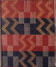 Māori weavers developed tāniko by introducing coloured horizontal threads to the whatu twining technique. They worked out that they could combine full and half twists to bring one or another colour to the front. In this way, they could create intricate geometric patterns.