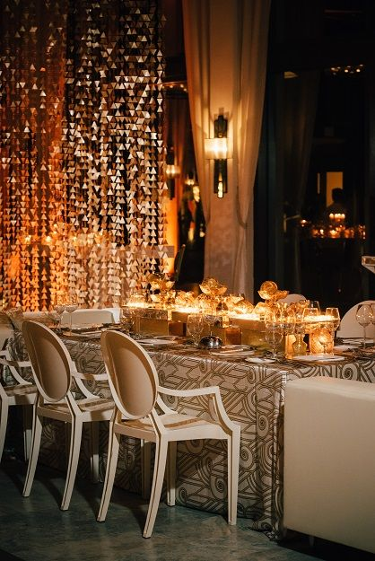 Luxurious Tablescape with Neutral Tones | Photography: Kismis Ink. Read More: http://www.insideweddings.com/biz/nuage-designs-miami/8738/