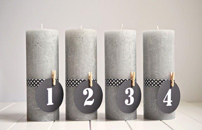 Schlichte Adventskerzen mit Zahlen - Kreative Ideen für den Adventskranz