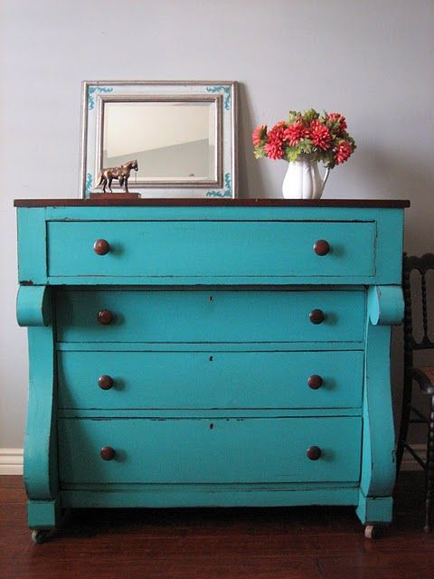 fun teal dresser...Love the shape, even the color. If it was mine, my second guest room would get decorated to match it.