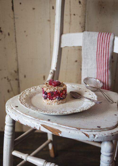 Tartare de fruits, concocté par Marilou du site Trois fois par jour ! Vous êtes amateurs de belles découvertes culinaires ?, abonnez-vous à ce blogue ! Au menu : fraîcheur, nouveauté et délices ! :)