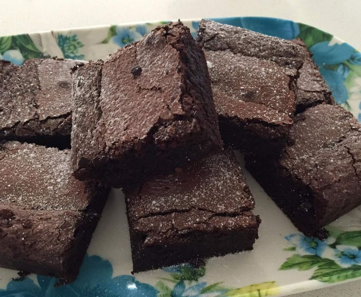 Recipe The Ultimate Chocolate Brownie by Elzbeth - Recipe of category Baking - sweet