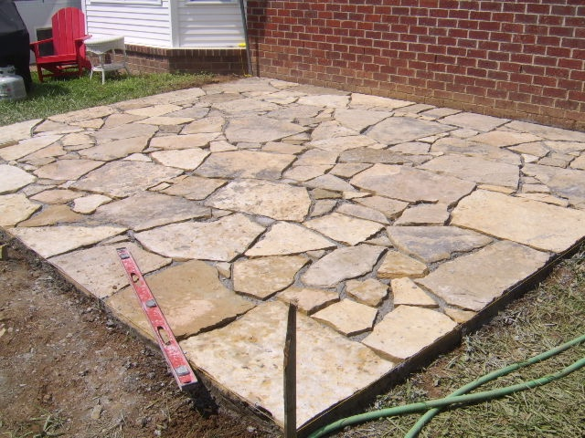 17 best images about rock patio on pinterest flag stone - Natural stone patio images ...