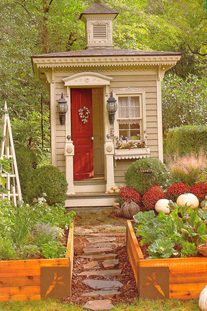 Female Man Cave Shed : Women are creating she sheds a female alternative to man