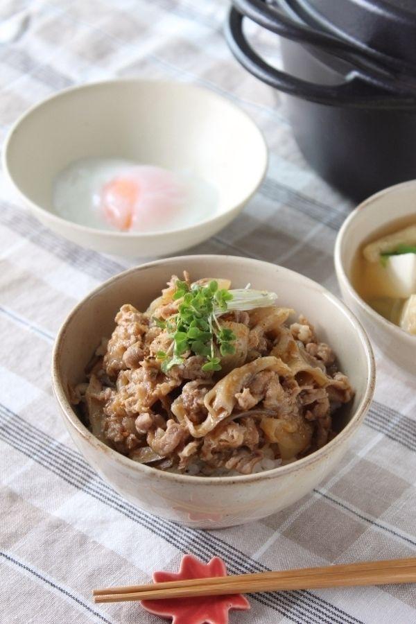 まいたけ入りピリカラ豚丼 by 調理師あこ   レシピサイト「Nadia ...