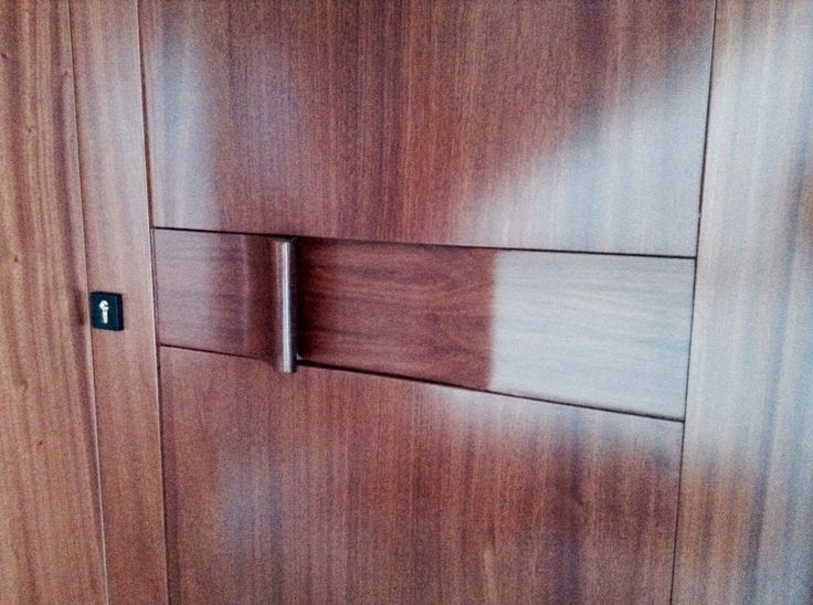 #door #wood #entrancedoor #home #desing #interiordesign #handle