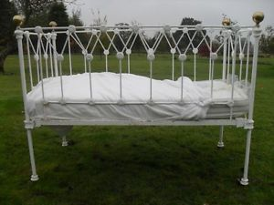 Gorgeous Victorian cot. Would totally get it, were it not for the fact that the mattress height isn't adjustable, and the beautiful design would inevitably have to be covered up in padding anyway to make it safe for the baby.
