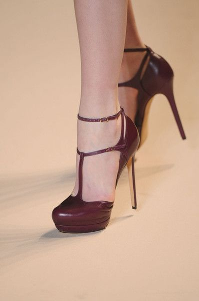 Elie Saab Fall 2011. I think I died and went to heaven because I just found my perfect pair of heels!!!!
