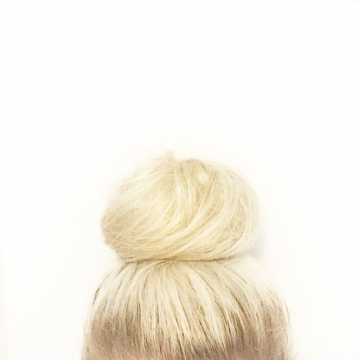 """This is my first tutorial ever, so bear with me! I have been asked on multiple occasions what my topknot """"secret"""" is, and to be honest, it is SO simple and achievable! I don't have very long or thick hair, which is why people (especially those who know me) are so confused at how I …"""