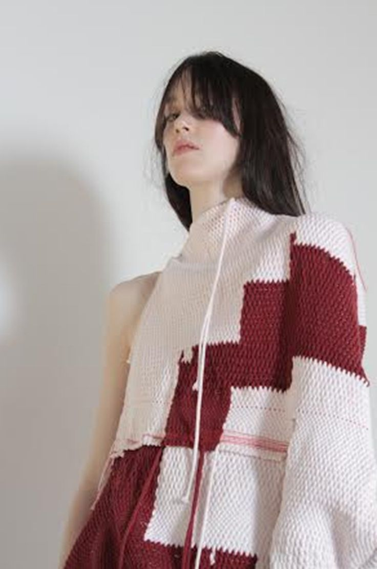 Fashion Designer Amy Crookes Wants To Subvert Stereotypical Body Image Via Fashion #amycrookes #fashiondesign #fashiondesignstudent #studentfashion #hautecouture #australianfashion #sydneyfashion #ss16 #w17 #burgundy #burgundyfashion #textiles #DIY #weaving #genderfluidity #genderdiversity #pastels