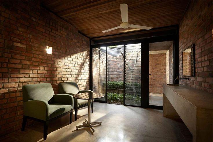 Rustic brick house | Sekeping Seapark B&B, Petaling Jaya Kuala Lumpur, Malaysia