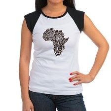 Africa in a giraffe c Junior's Cap Sleeve T-Shirt