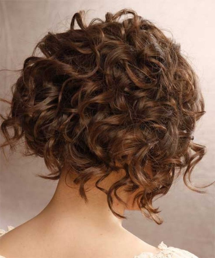 medium lenght haircuts best 25 curly inverted bob ideas on curled 1880 | 9925687d329af67848f1880d2d8a2282 best bob haircuts inverted bob haircuts