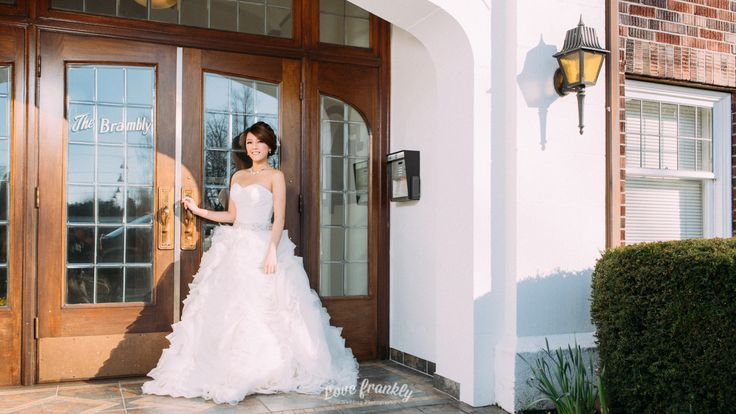 Wedding bridal dress photo shoot - Vancouver, BC, Canada  Photography by Love Frankly Wedding photography