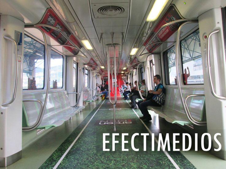 La pasión del #fútbol se transportó a un vagón del Metro De Medellín. Campaña Arden For Men en Medios #Ooh #ideasefectivas