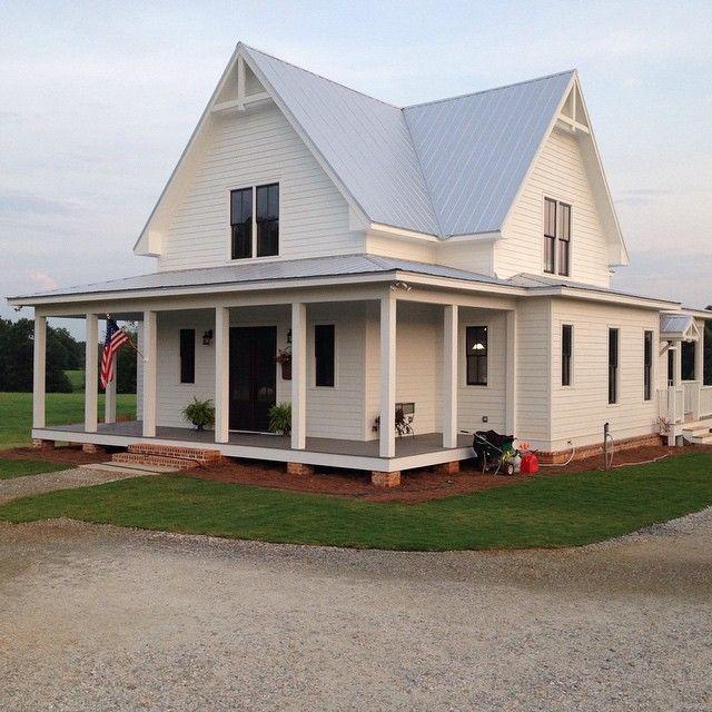 Best 20 White farm houses ideas on Pinterest Cute small houses