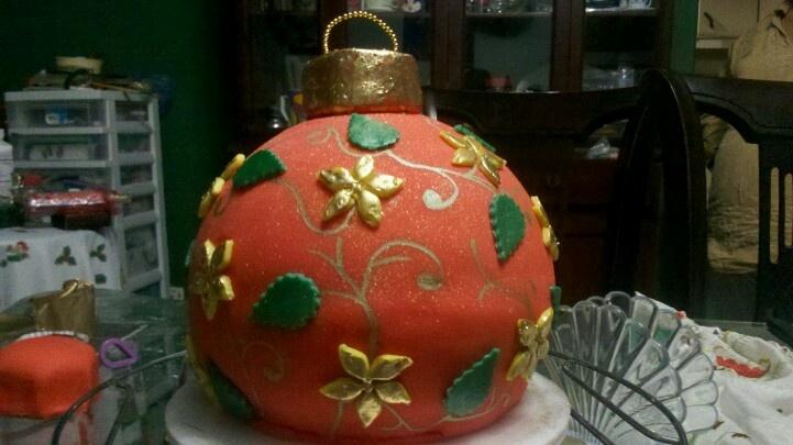 Christmas ornament 3D cake