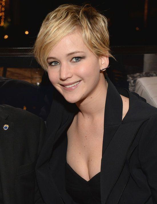 Jennifer Lawrence's Short Hair on Catching Fire Red Carpet - AFI film fest