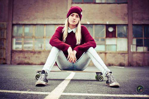 skate girl- cool style