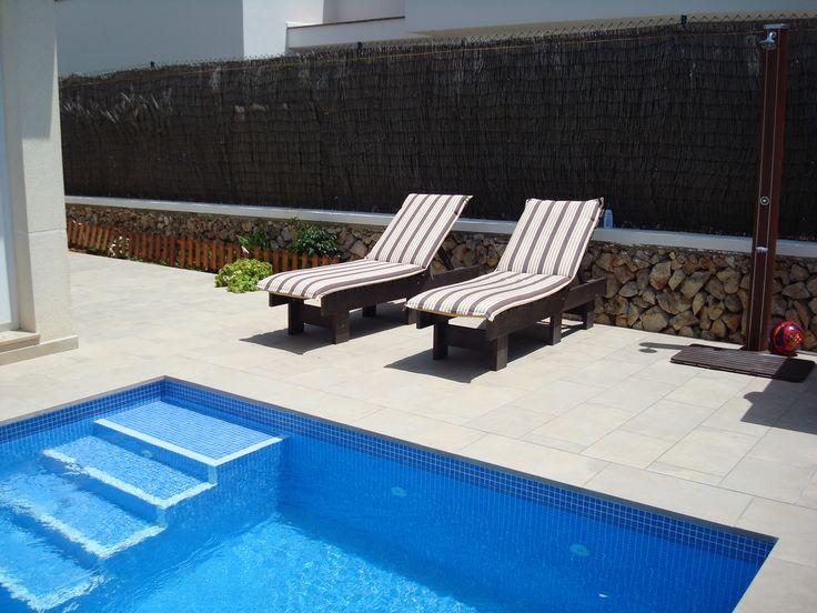 Tumbonas abatibles, perfectas para tomar el sol en verano.