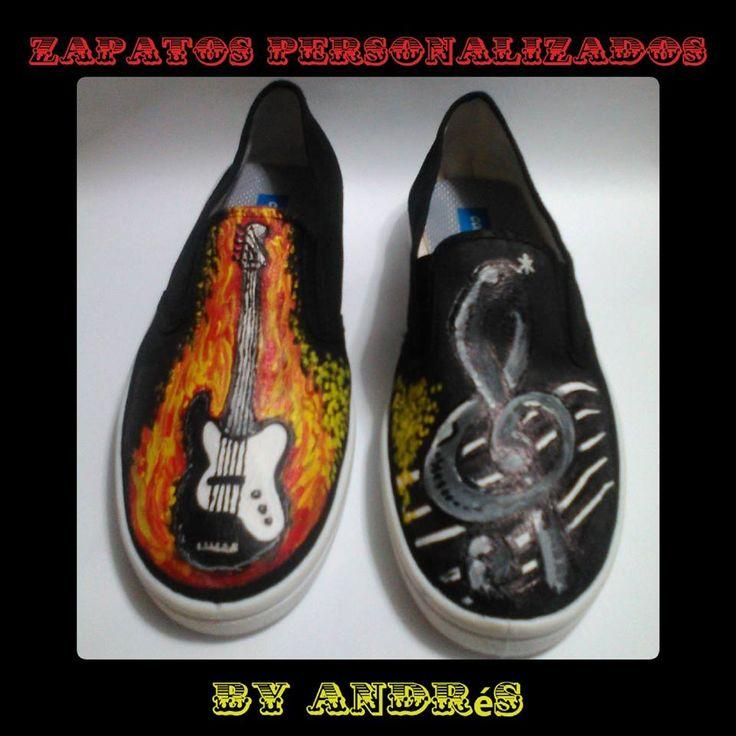 Zapatos Personalizados de Bajo de 5 cuerdas con Clave de Sol.