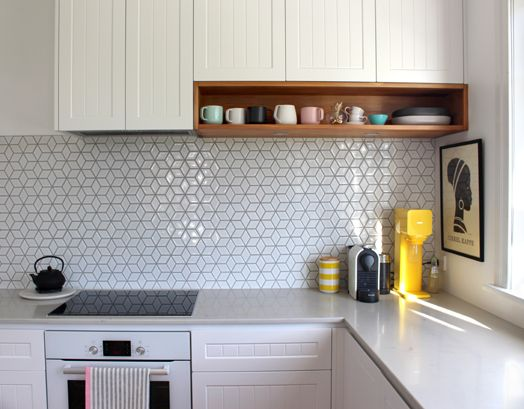 The 25 Best Ideas About Geometric Tiles On Pinterest Tiles Blue Tiles And Modern Kitchen Backsplash