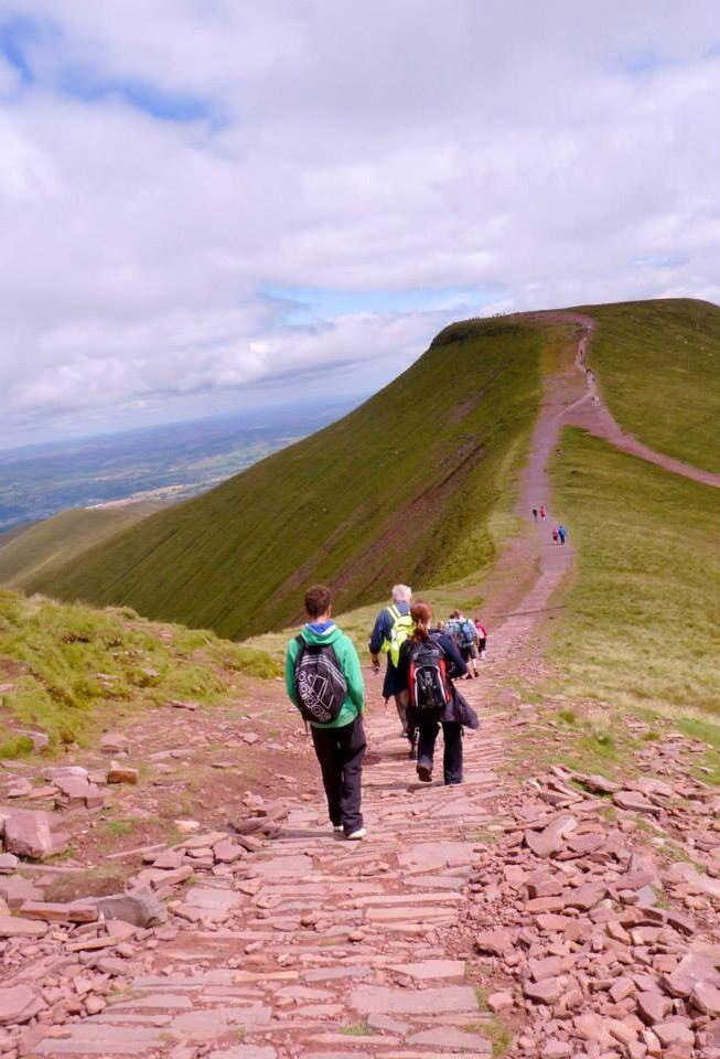 Walking towards mountain 'Corn Du'
