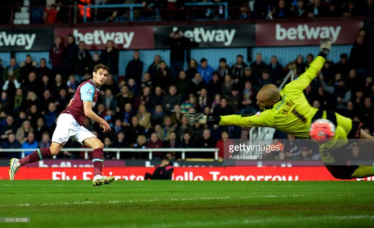 Nikica Jelavic of West Ham United scores his first goal for West Ham during the Emirates FA Cup Third Round match between West Ham United and Wolverhampton Wanderers at Boleyn Ground on January 9, 2016 in London, England.  (Photo by Avril Husband/West Ham United via Getty Images)