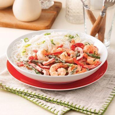 Sauté de crevettes, asperges et poivron en sauce - Soupers de semaine - Recettes 5-15 - Recettes express 5/15 - Pratico Pratiques