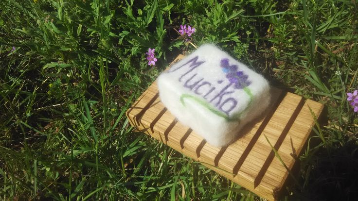 needle felted lavendel soap