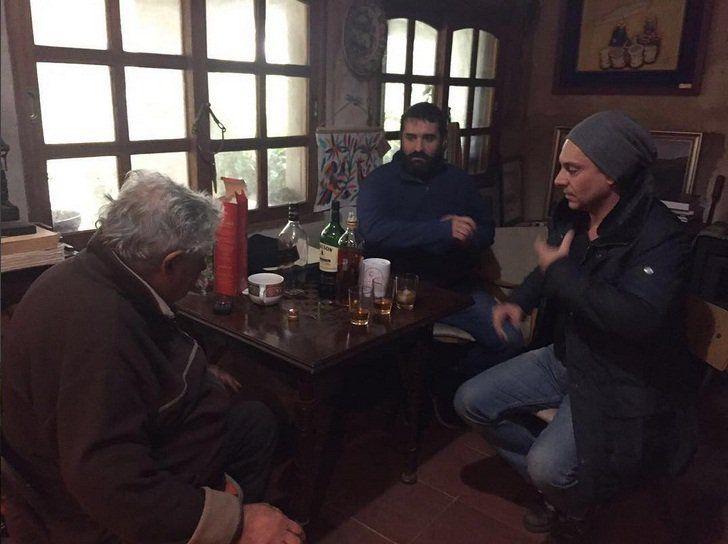 El actor de la exitosa novela brasileña, Alexandre Nero, vino a filmar una película y quiso conocer al ex presidente