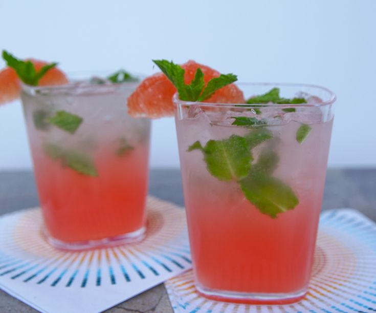 Sparkling Grapefruit Mojito – Cocktail Contest Winner | The Daily Dish: Grapefruit Mojitos, Cocktail Recipes, Food, Alcoholic Drinks, Beverages, Sparkling Grapefruit, Cocktails Drinks, Drink Recipes