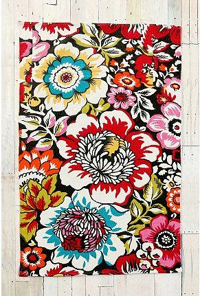 Big Garden Printed Rug $44 - Urban Outfitters: Prints Rugs, Living Rooms, Urban Outfitters Rugs, Floral Rugs, Color, Big Gardens, Laundry Rooms, Kitchens Rugs, Gardens Prints