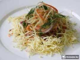 Салат из редьки с морковкой и сыром