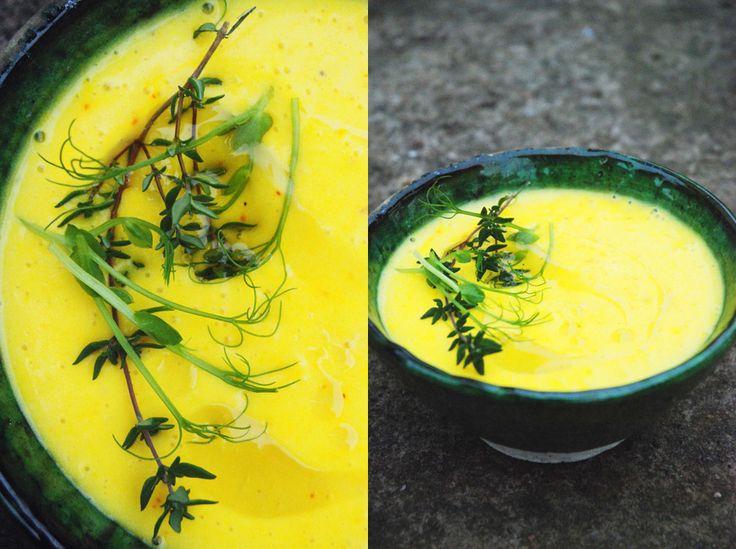 potatis- och purjolökssoppa med saffran.