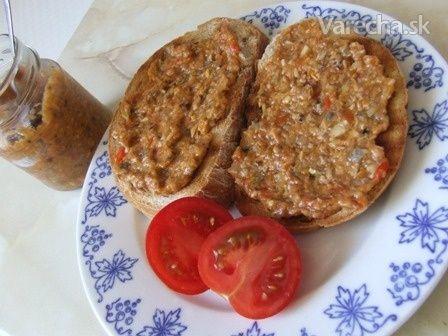 Hubovo-zeleninová nátierka, sterilizovaná (fotorecept) - Recept
