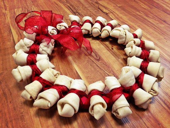 Pet Wreath - Dog Wreath - Dog Bone Wreath - Christmas Wreath - Christmas Pet Wreath - Rawhide Bone Wreath - Pet Lover