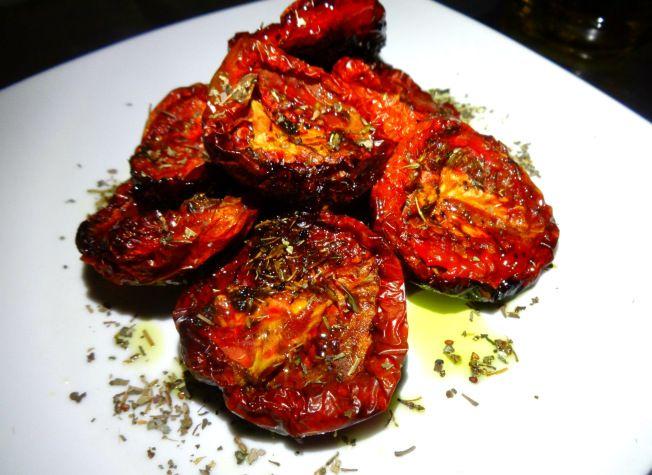Exactamente Cómo Hacer unos Tomates Secos Mejores que los que compras en el super.