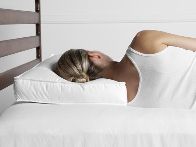 Down Alternative Side Sleeper Pillow Parachute Home Side Sleeper Pillow Best Bed Pillows Side Sleeper