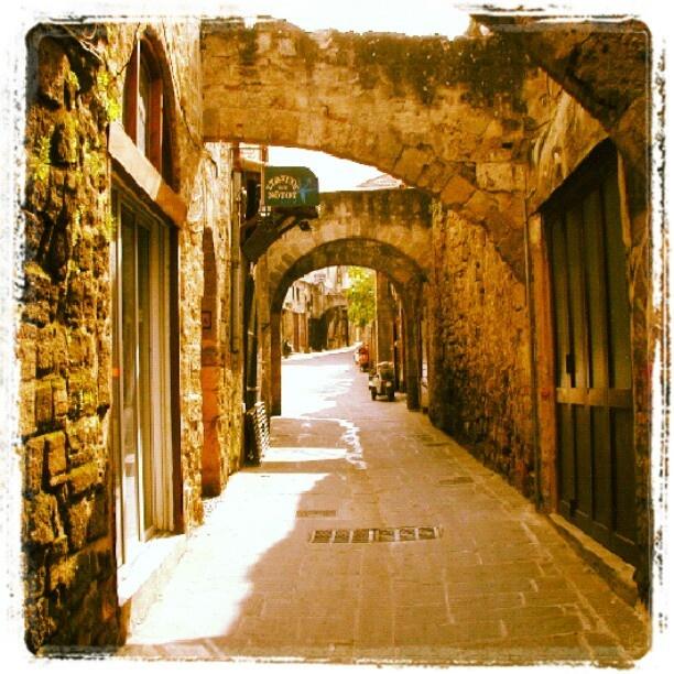 ロドス島 ギリシャの島。旧市街には中世の町並みが残っており世界遺産に認定されている。 - @his_japan- #webstagram