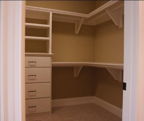 Master Bed Closet Layout
