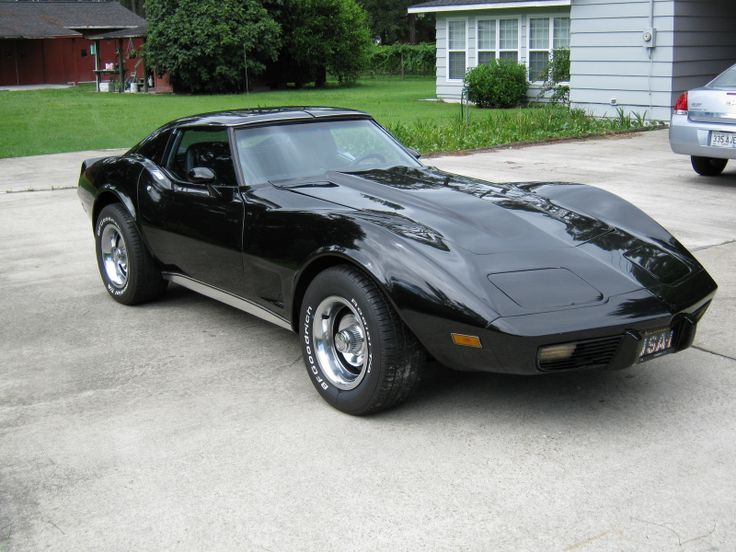 1977 Corvette  I had one just like this bought it from a guy that worked at the corvette factory in St. :Louis sold it and bought it back!!! One of 4 I had - a red one a gray one a white one