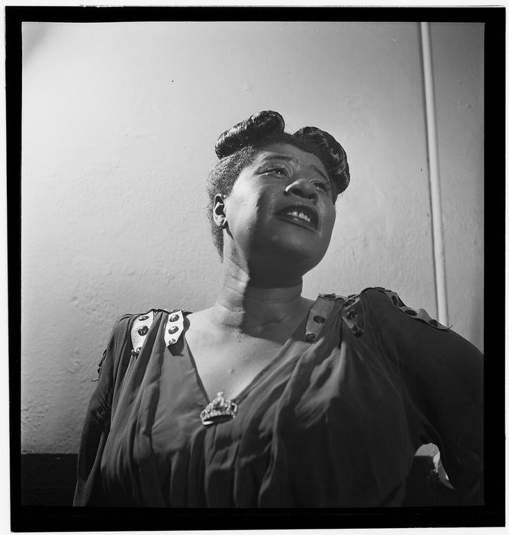 great pics of jazz musicians, this one is Ella Fitzgerald:)