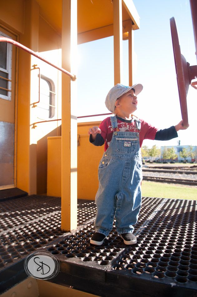train photoshoot for a toddler's birthday #train #toddler #birthday #photography