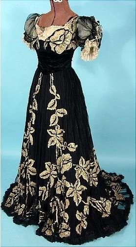 c. 1905/1906 House of BEER, 7 Place Vendome, Paris Black Silk Chiffon Trained Gown with Gold Sequins
