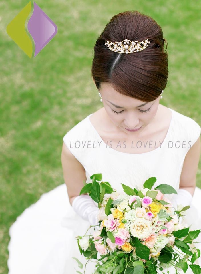 How to Be Lovely? BE #GREEN.: Bridesmaid Flowers, Wedding Ideas, Budget Wedding, Flowers Girls, Bride And Bridesmaid, The Bride, Bridebeauti Poems, Bridesmaid Bouquets, Budget Tips