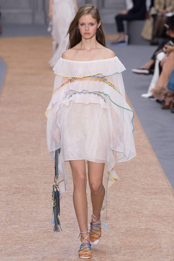 Top 12 bag trends Spring/Summer 2016 - Chloe - Bag at You - Fashion blog - http://bagatyou.com/top-12-bag-trends-springsummer-2016/
