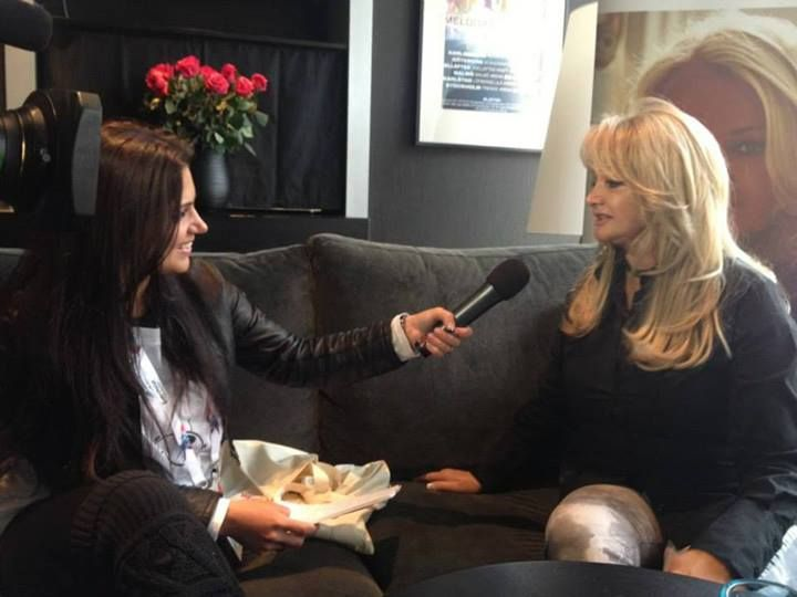 Bonnie Tyler interviewed by Roumanian TV.  12/05/2013 #bonnietyler #eurovision #gaynorsullivan #gaynorhopkins #thequeenbonnietyler #therockingqueen #rockingqueen #2013 #malmo #uk #unitedkingdom #music #rock